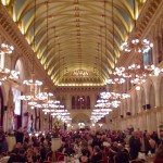 Festlich geschmückter Ballsaal des Wiener Rathauses